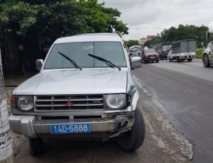 Chiếc xe biển xanh gây tai nạn