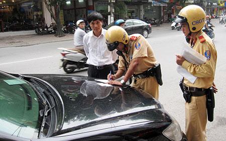 Lái xe khi đã bị tước bằng lái thì bị phạt bao nhiêu tiền